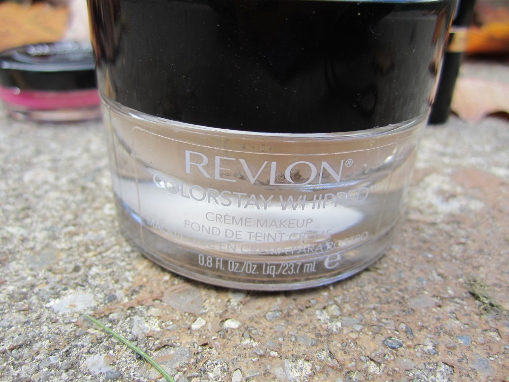 Revlon Colorstay whipped foundation in 200 sand beige